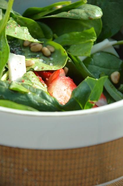 Fruchtiger Frühlingssalat